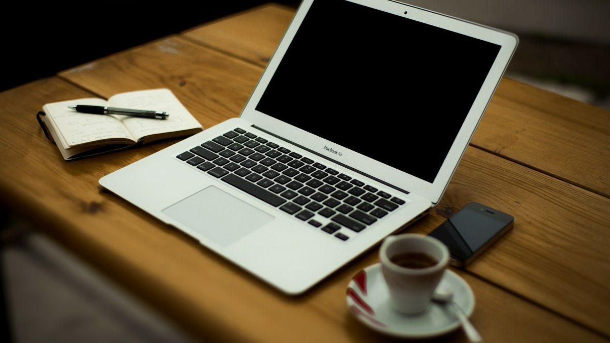 10 Hidden Benefits of MacBook