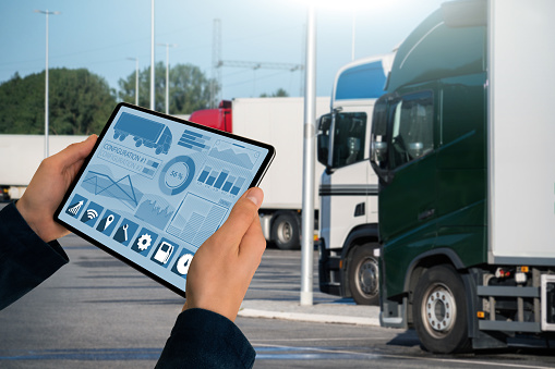 How an Electronic Logbook Device Can Change Your Fleet for the Better