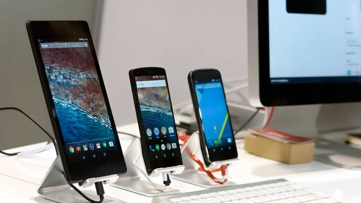 Defining Mobile Testing, Device Farms, and the type of Testing Practices